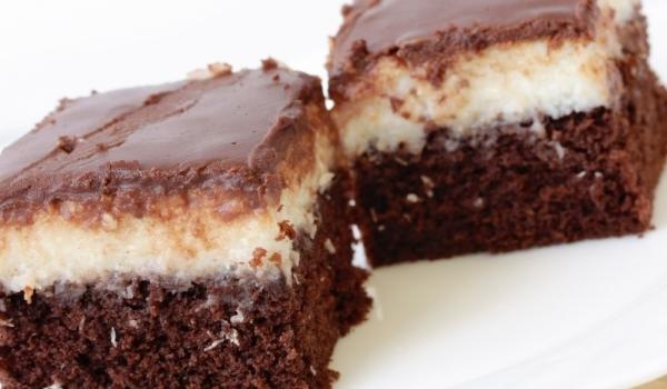 Шоколадово-кокосов сладкиш