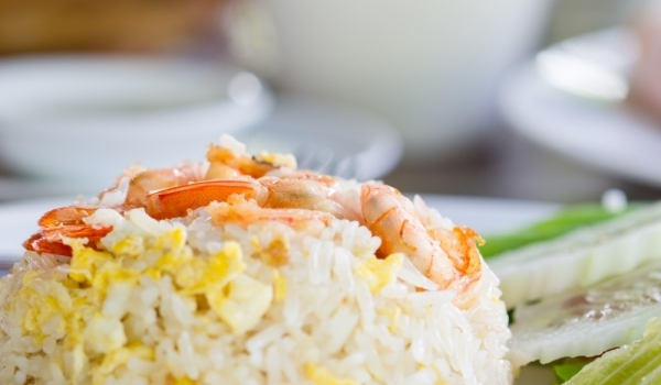 Ориз със скариди и чушки