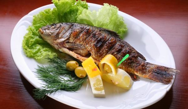 Печена риба със соев сос