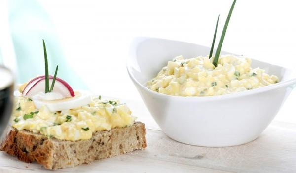 Сандвич със сирене и яйце